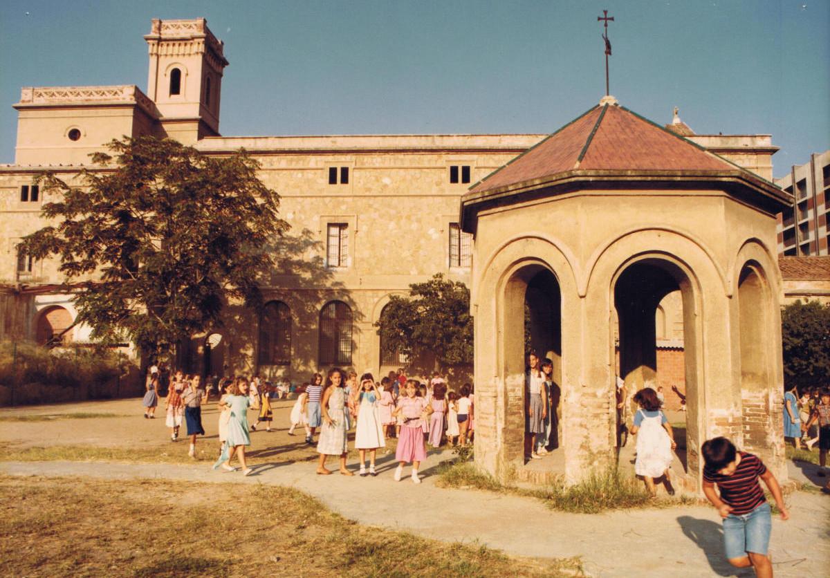 Imatges històriques del Col·legi Santa Teresa de Lisieux 06