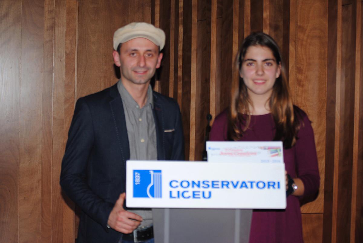 Premi per a la Laura Alpuente Recobeni