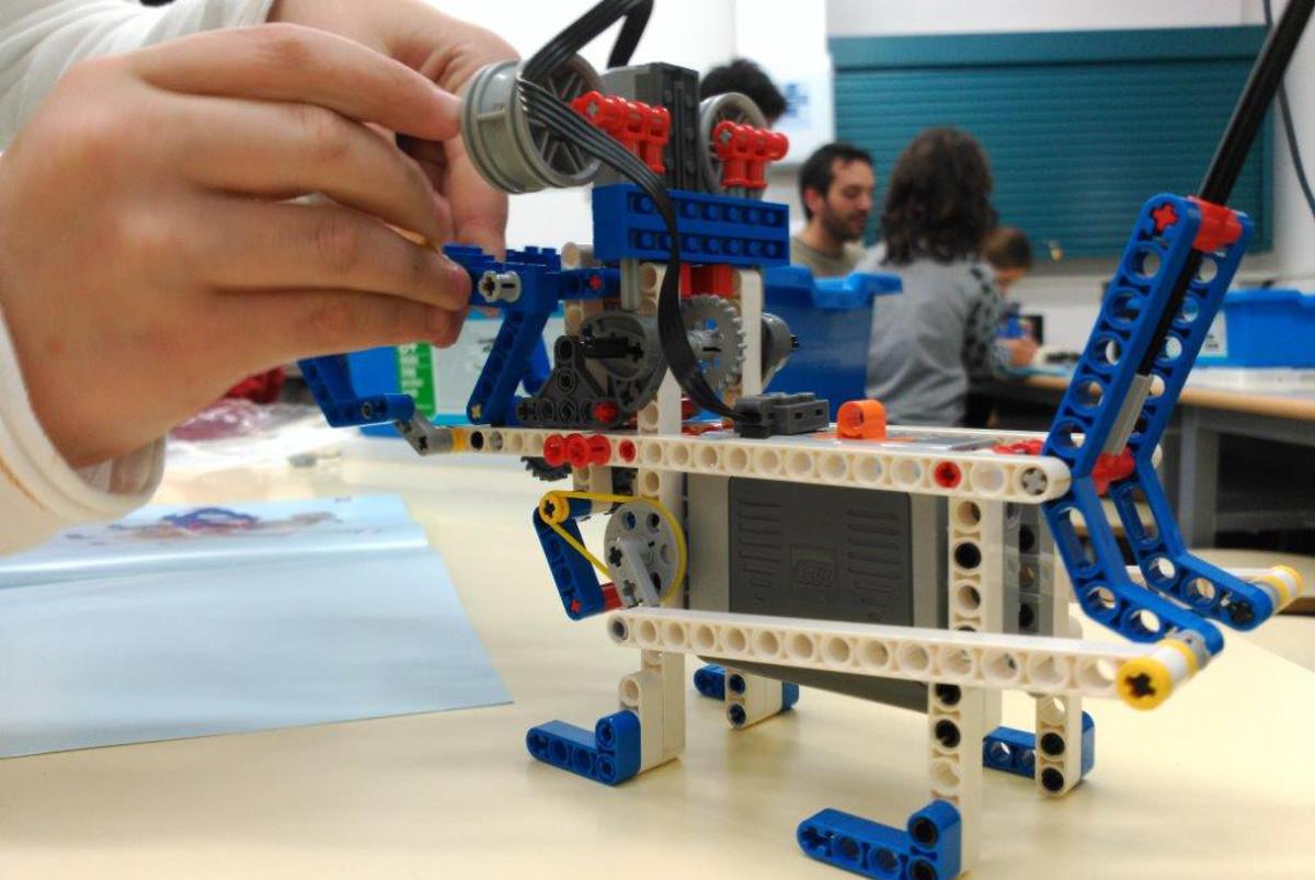 Extraescolars robòtica 04