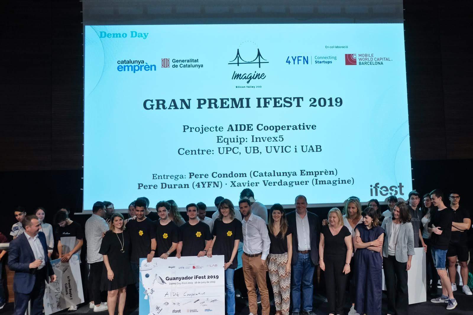 Exalumnes de l'escola guanyen el concurs Ifest 2019